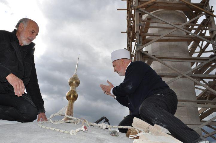 postavljanje-alema-ferhadija-10-2012-2